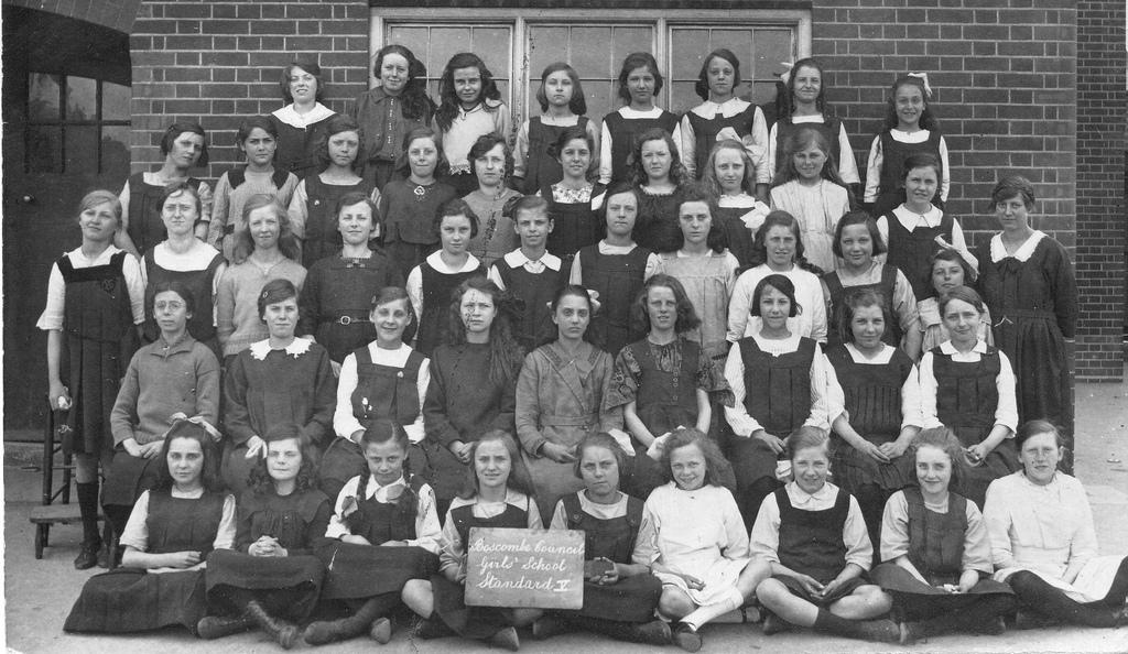 Jeunes filles : Philip Howard - Boscombe Girls School 1922
